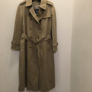 Burberry Trench Coat w/Zip Out Lining  6P